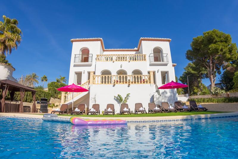 5 bedroom Villa in Moraira, Costa Blanca, Spain : ref 2096083 - Image 1 - La Llobella - rentals