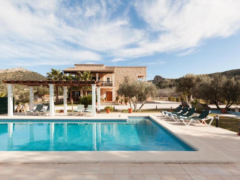5 bedroom Villa in Alcudia, Mallorca, Mallorca : ref 2096486 - Image 1 - Alcudia - rentals