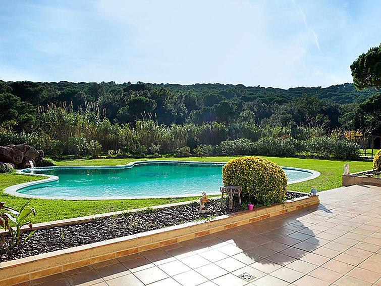 4 bedroom Villa in St Feliu de Guixols, Costa Brava, Spain : ref 2097045 - Image 1 - Santa Cristina d'Aro - rentals