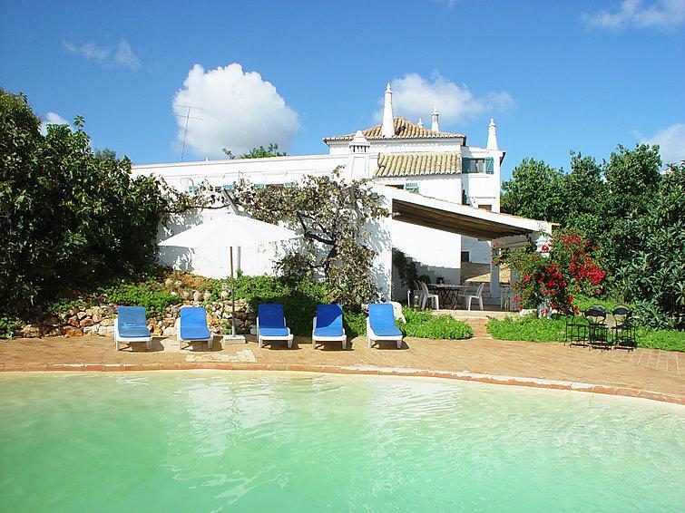 4 bedroom Villa in Portimao, Algarve, Portugal : ref 2098788 - Image 1 - Praia da Rocha - rentals