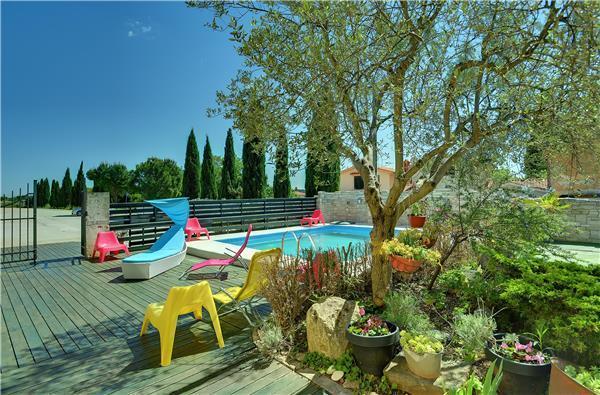 4 bedroom Villa in Pula, Istria, Croatia : ref 2103846 - Image 1 - Pula - rentals