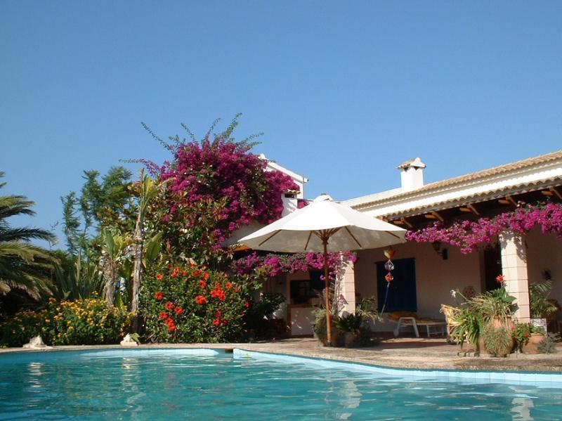 2 bedroom Villa in Pollensa, Mallorca, Mallorca : ref 2105891 - Image 1 - Alcudia - rentals