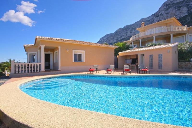5 bedroom Villa in Denia, Alicante, Costa Blanca, Spain : ref 2127160 - Image 1 - Denia - rentals