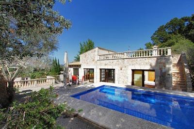 4 bedroom Villa in Pollenca, Mallorca : ref 2132429 - Image 1 - Pollenca - rentals