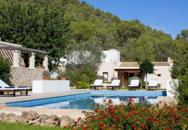 5 bedroom Villa in San Jose, Ibiza, Ibiza : ref 2132848 - Image 1 - San Jose - rentals