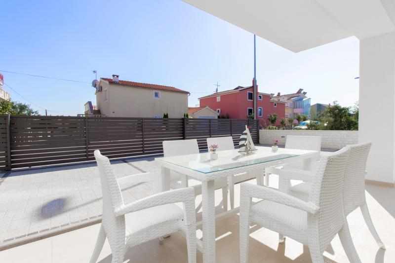 Apartment in villa with pool, Vodice - Image 1 - Vodice - rentals