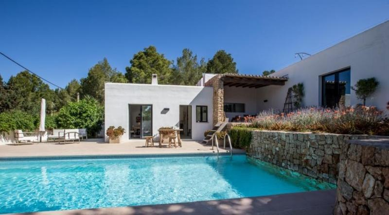 3 bedroom Villa in Cala Salada, Islas Baleares, Ibiza : ref 2133422 - Image 1 - Cala Gracio - rentals