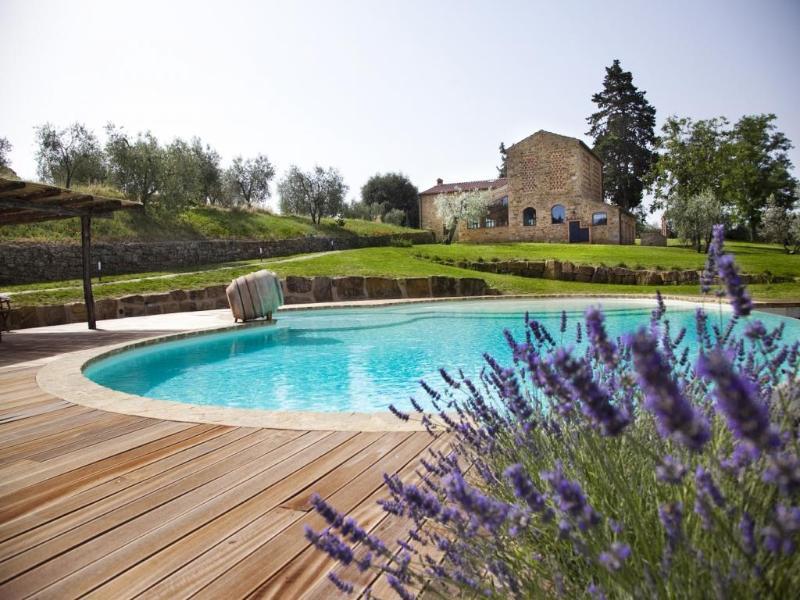 6 bedroom Villa in Poggibonsi, Chianti, Tuscany, Italy : ref 2135102 - Image 1 - Poggibonsi - rentals