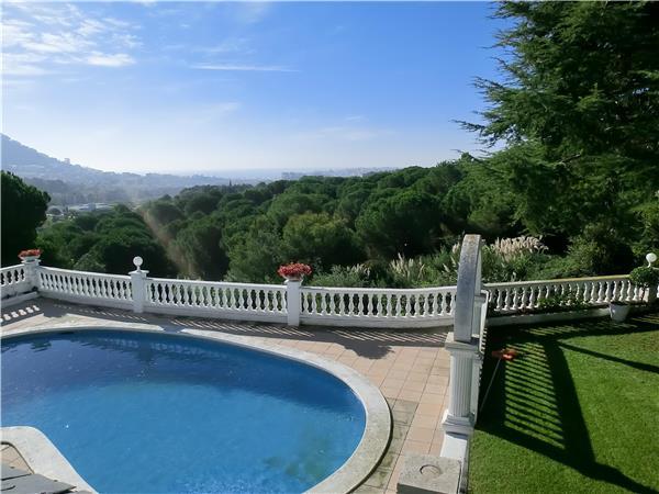 5 bedroom Villa in Blanes, Costa Brava, Spain : ref 2209320 - Image 1 - Blanes - rentals