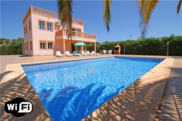 5 bedroom Villa in Calpe, Costa Blanca, Spain : ref 2209505 - Image 1 - Calpe - rentals
