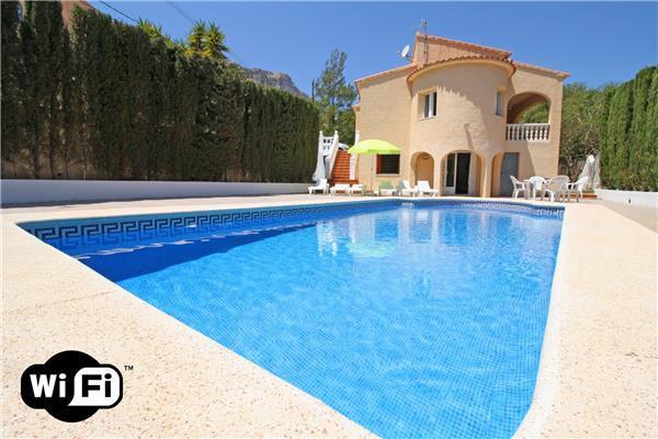 6 bedroom Villa in Calpe, Costa Blanca, Spain : ref 2209928 - Image 1 - Calpe - rentals
