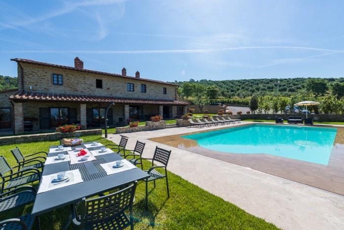 7 bedroom Villa in Cortona, Tuscany, Italy : ref 2213555 - Image 1 - Cortona - rentals