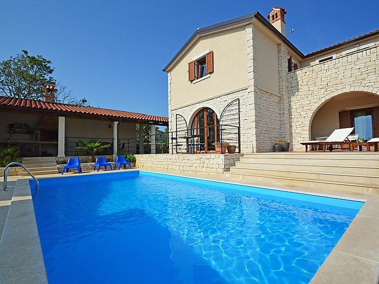 4 bedroom Villa in Pula Vodnjan, Istria, Croatia : ref 2213728 - Image 1 - Cabrunici - rentals