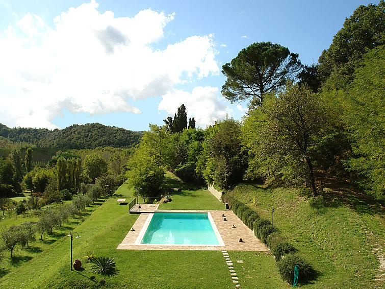 4 bedroom Villa in Montopoli in Valdarno, Lucca Pisa, Italy : ref 2213799 - Image 1 - Montopoli in Val d'Arno - rentals