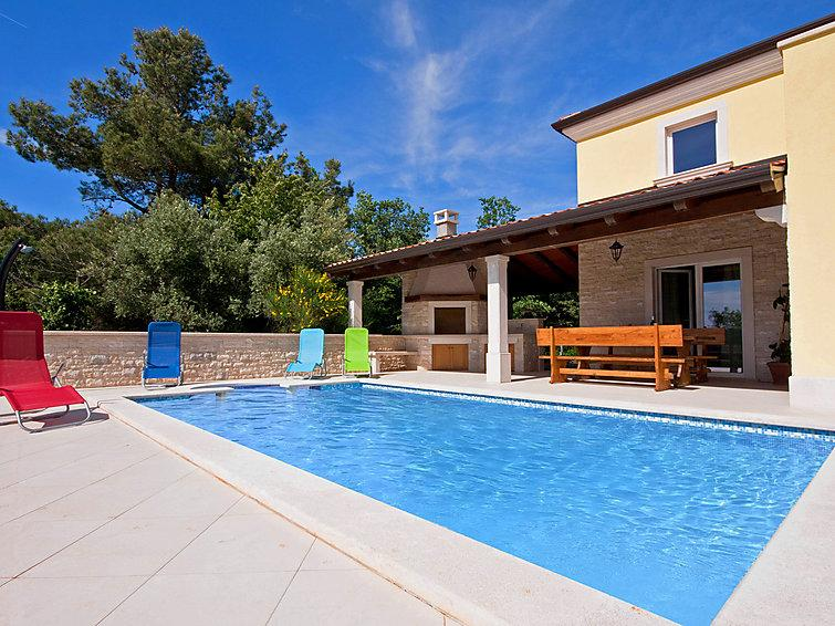 4 bedroom Villa in Umag, Istria, Croatia : ref 2213842 - Image 1 - Lovrecica - rentals