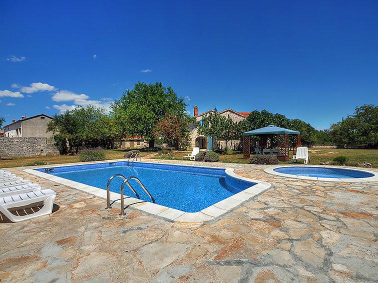 5 bedroom Villa in Svetvincenat, Istria, Croatia : ref 2214168 - Image 1 - Foli - rentals