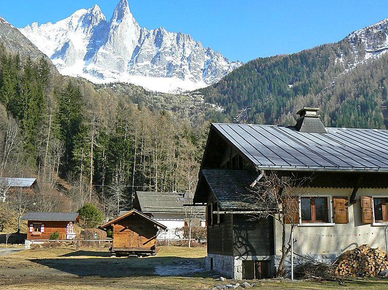 4 bedroom Villa in Chamonix   Les Praz, Savoie   Haute Savoie, France : ref 2214754 - Image 1 - Chamonix (les Tines) - rentals