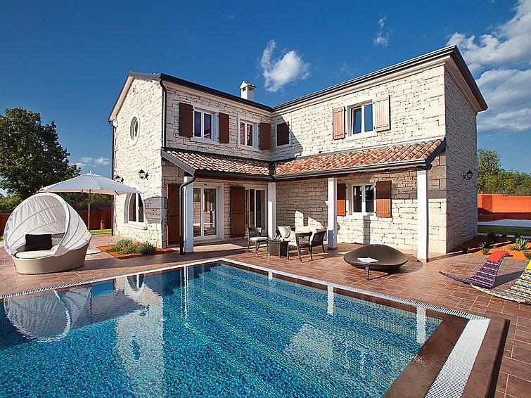 4 bedroom Villa in Pula Vodnjan, Istria, Croatia : ref 2217523 - Image 1 - Cabrunici - rentals