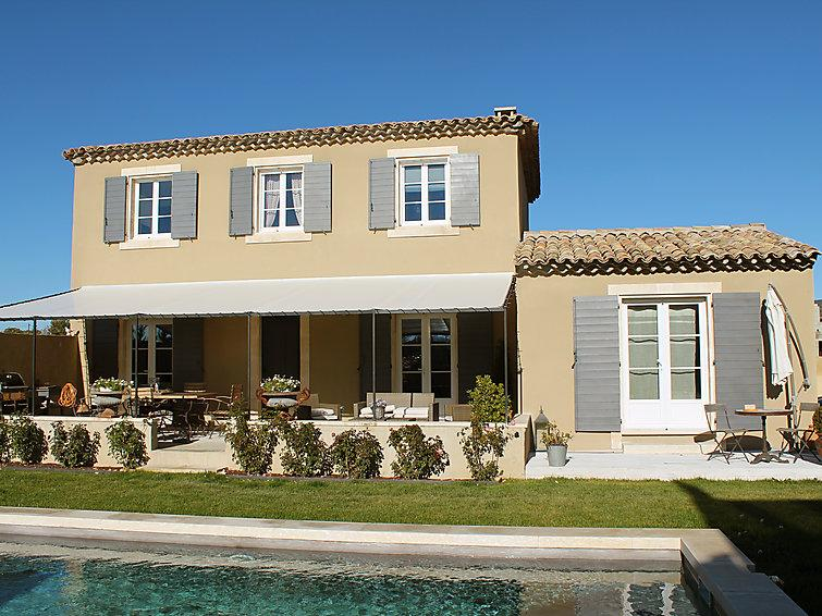 4 bedroom Villa in Saint Saturnin d Apt, Provence, France : ref 2217703 - Image 1 - Roussillon - rentals