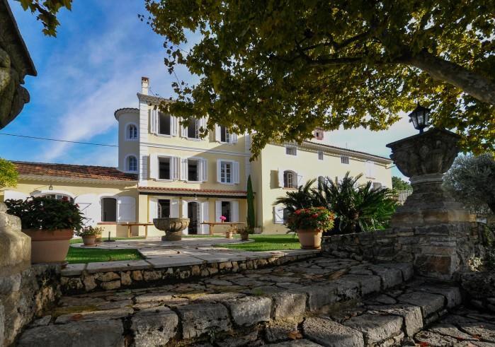8 bedroom Villa in Grasse, Cote D Azur, France : ref 2226386 - Image 1 - Grasse - rentals