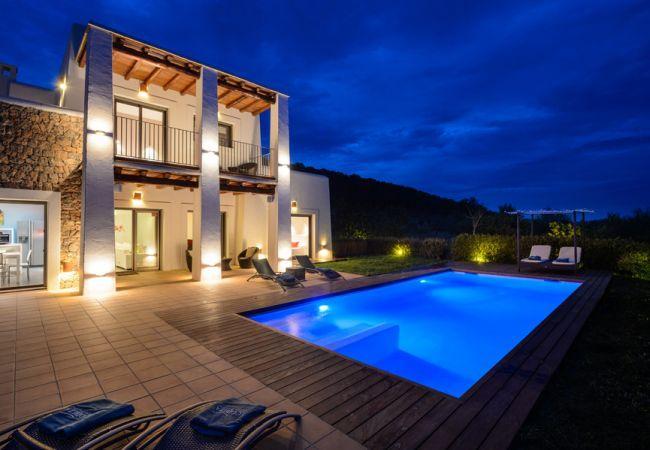 4 bedroom Villa in Ibiza Town, Ibiza : ref 2226535 - Image 1 - Sant Miquel De Balansat - rentals