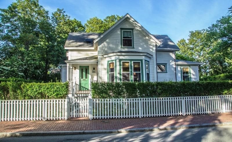 38 Pleasant Street - Image 1 - Nantucket - rentals