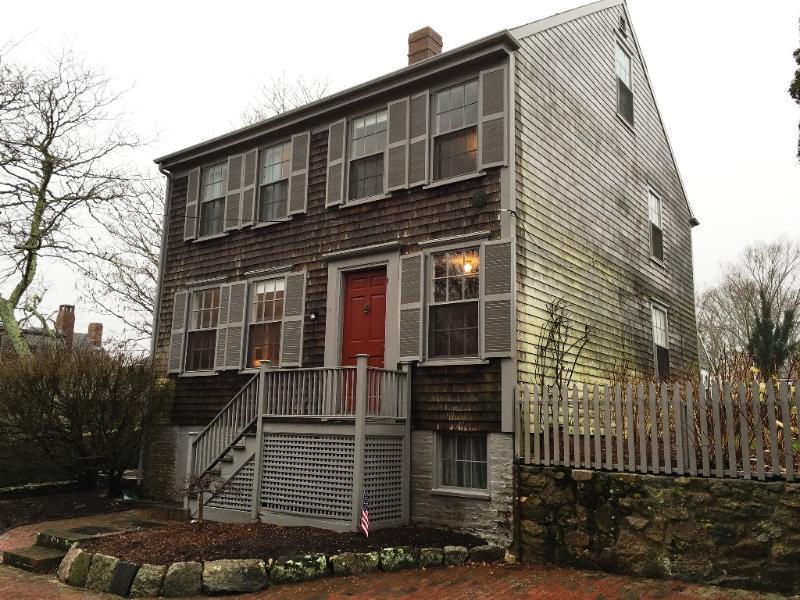 4 Academy Lane - Image 1 - Nantucket - rentals