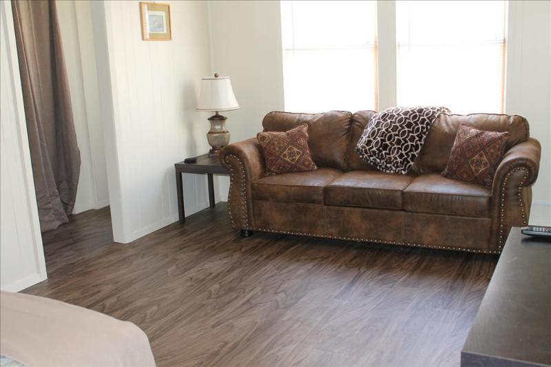 Queen Hideabed - 321 Lincoln # 3 - Sitka - rentals