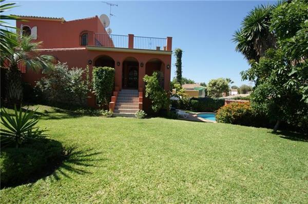 4 bedroom Villa in Nueva andalucia, Costa del Sol, Nueva andalucia, Spain : ref 2234366 - Image 1 - Nueva Andalucia - rentals