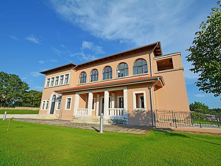 9 bedroom Villa in Tinjan, Istria, Croatia : ref 2236453 - Image 1 - Tinjan - rentals