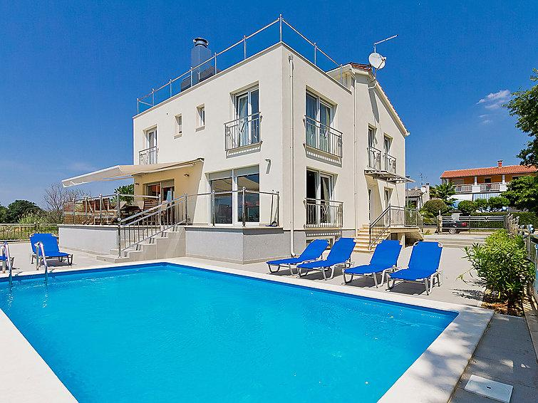 6 bedroom Villa in Porec, Istria, Croatia : ref 2237012 - Image 1 - Mali Maj - rentals