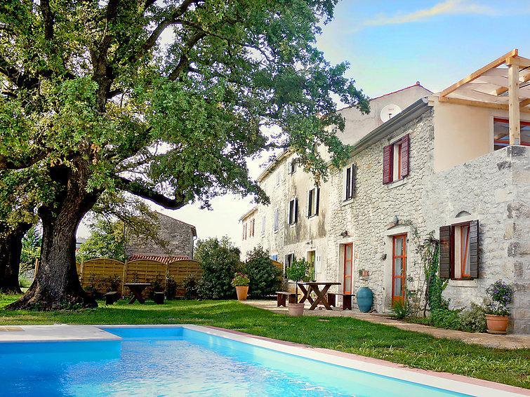 6 bedroom Villa in Umag, Istria, Croatia : ref 2237032 - Image 1 - Gamboci - rentals