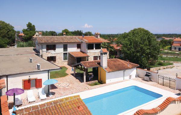 7 bedroom Villa in Pula-Sisan, Pula, Croatia : ref 2238550 - Image 1 - Liznjan - rentals