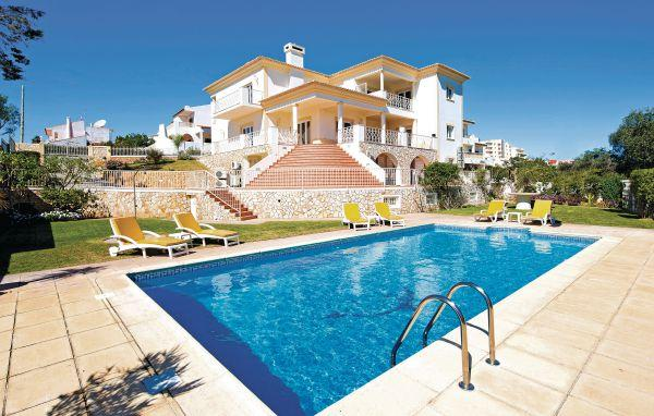 7 bedroom Villa in Albufeira, Algarve, Portugal : ref 2243869 - Image 1 - Albufeira - rentals