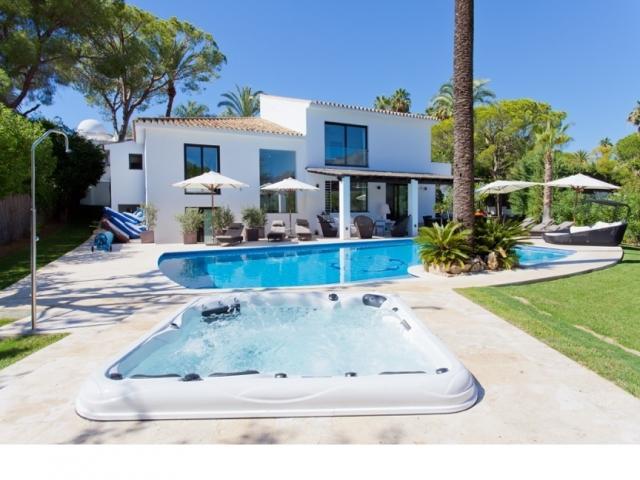 4 bedroom Villa in Golf Valley, Nueva Andalucia, Spain : ref 2245794 - Image 1 - Nueva Andalucia - rentals