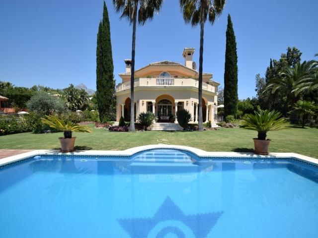 4 bedroom Villa in Golf Valley, Nueva Andalucia, Spain : ref 2245798 - Image 1 - Nueva Andalucia - rentals