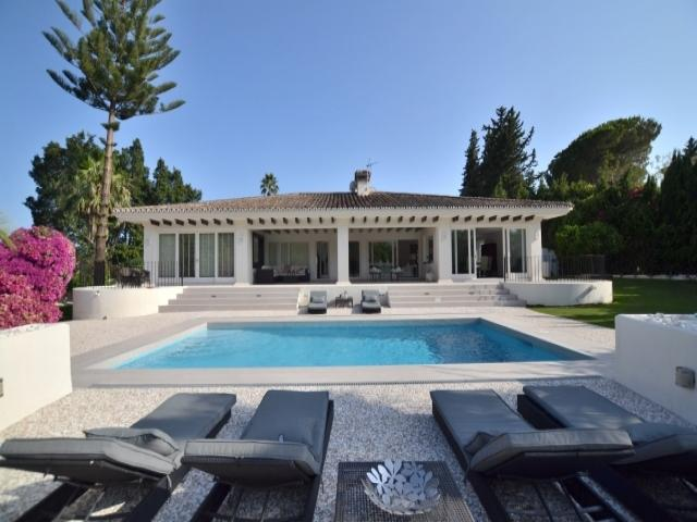 5 bedroom Villa in Golf Valley, Nueva Andalucia, Spain : ref 2245803 - Image 1 - Nueva Andalucia - rentals