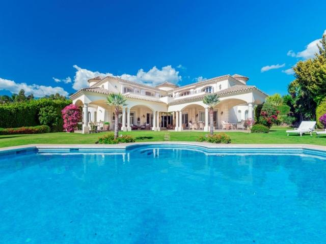 5 bedroom Villa in Golf Valley, Nueva Andalucia, Spain : ref 2245805 - Image 1 - Nueva Andalucia - rentals