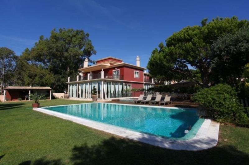 6 bedroom Villa in Albufeira, Algarve, Portugal : ref 2249175 - Image 1 - Branqueira - rentals