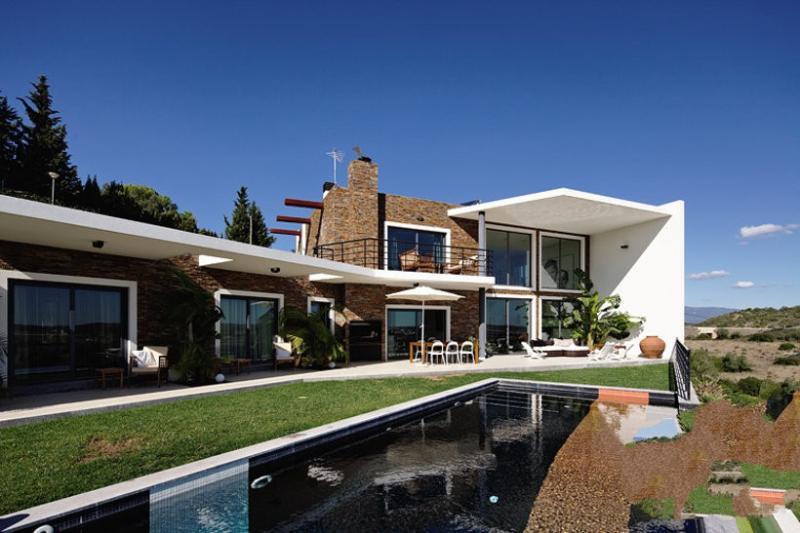 7 bedroom Villa in Alvor, Algarve, Portugal : ref 2249178 - Image 1 - Portimão - rentals