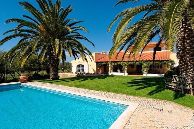 6 bedroom Villa in Alvor, Algarve, Portugal : ref 2249181 - Image 1 - Varzeas do Farelo - rentals