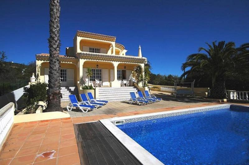5 bedroom Villa in Loule, Algarve, Portugal : ref 2249223 - Image 1 - Santa Barbara de Nexe - rentals