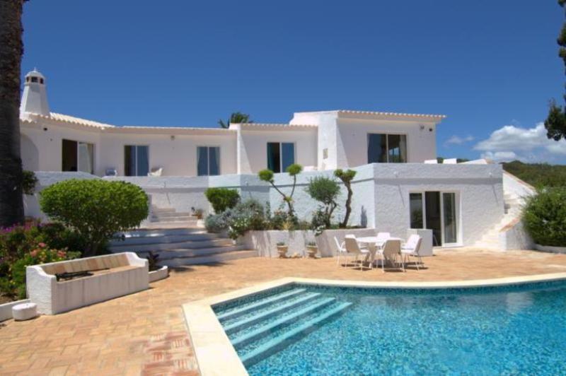 5 bedroom Villa in Praia da Luz, Algarve, Portugal : ref 2249235 - Image 1 - Luz - rentals