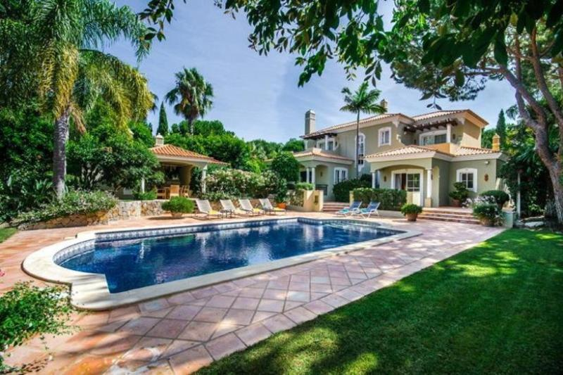4 bedroom Villa in Quinta do Lago, Algarve, Portugal : ref 2249248 - Image 1 - Quinta do Lago - rentals