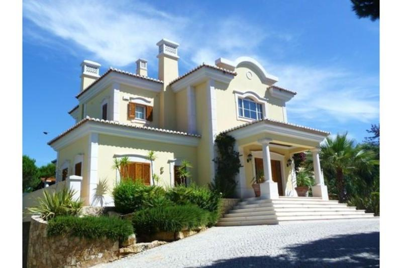 5 bedroom Villa in Quinta do Lago, Algarve, Portugal : ref 2249254 - Image 1 - Quinta do Lago - rentals