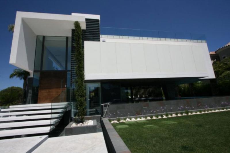4 bedroom Villa in Quinta do Lago, Algarve, Portugal : ref 2249261 - Image 1 - Almancil - rentals