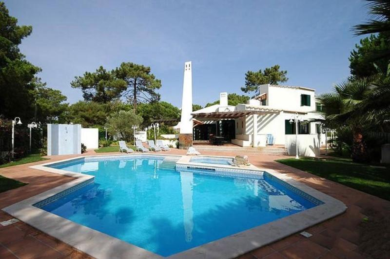 9 bedroom Villa in Vilamoura, Algarve, Portugal : ref 2249283 - Image 1 - Quarteira - rentals