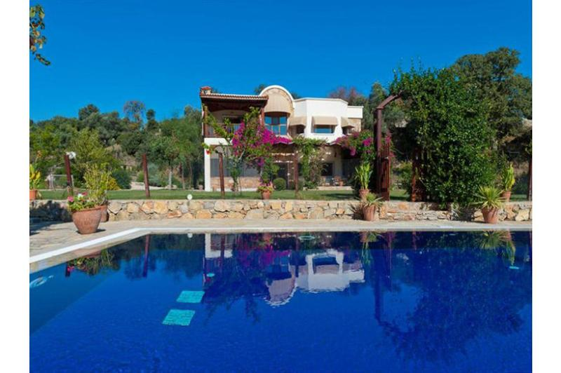 5 bedroom Villa in Bodrum, Agean Coast, Turkey : ref 2249294 - Image 1 - Ortakent - rentals