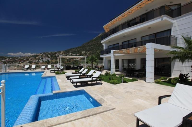7 bedroom Villa in Kalkan, Mediterranean Coast, Turkey : ref 2249330 - Image 1 - Kalkan - rentals