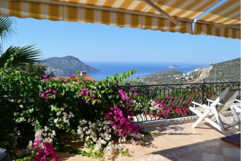 4 bedroom Villa in Kalkan, Mediterranean Coast, Turkey : ref 2249327 - Image 1 - Kalkan - rentals